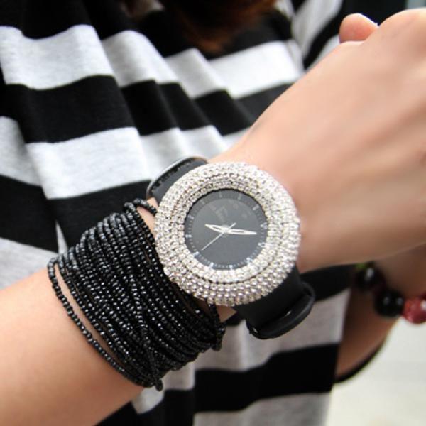 Часы женские наручные со стразами